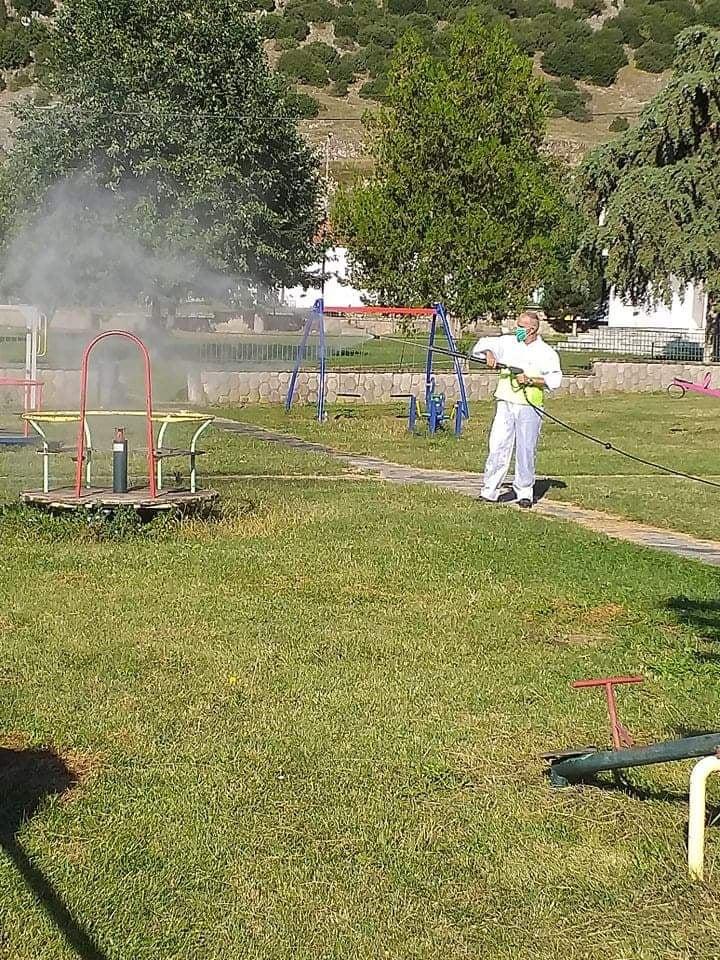 apolkar9 - Προληπτικοί απολυμαντικοί ψεκασμοί στην Καρυά (φωτο)